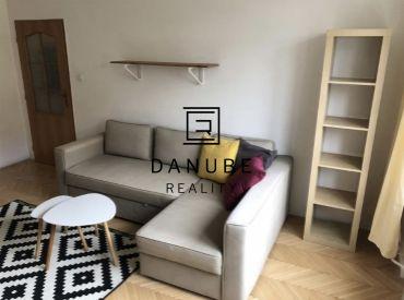 Prenájom slnečný 2-izbový byt na Ovručskej ulici v Bratislave-Novom meste