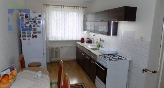 na predaj 2 izbový byt 63 m2 Prievidza staré sídlisko 10012