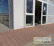 Na prenájom nebytový priestor/showroom o výmere 130m2, Bratislava-Ružinov.
