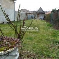 Pre rodinné domy, Špačince, 781 m²