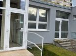 Realitná kancelária  Reality Gold - Bratislava ponúka na prenájom komerčný priestor s výkladom