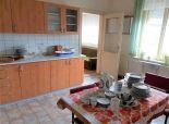 Predaj 3 izb. Rodinného domu na 7,87m2 pozemku v centre Dunajskej Stredy