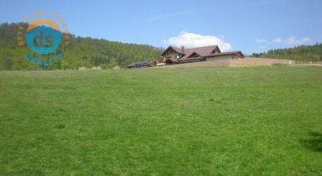 Na predaj stavebný pozemok s inžinierskymi sieťami, 1 027m2, Považská Bystrica časť Orlové