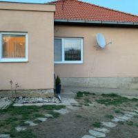 Rodinný dom, Krušovce, 110 m², Čiastočná rekonštrukcia
