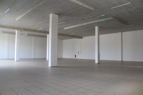 Prenájom - obchodné priestory Žilina