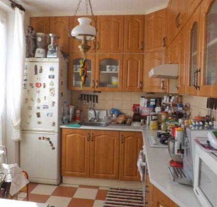 STARBROKERS – PREDAJ 2,5-izb. byt 64 m2 + loggia + balkón na 3/5 p., Sibírska ul., Bratislava Nové Mesto