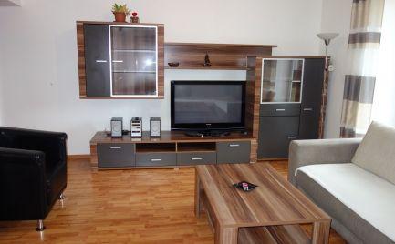 Pekný, tehlový 4-izbový byt 71 m2 + balkón 5 m2 s vlastným kúrením na Sihoti I v Trenčíne