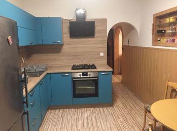 BA II. Vrakuňa - 4 izbový byt s výhľadom na rodinné domy