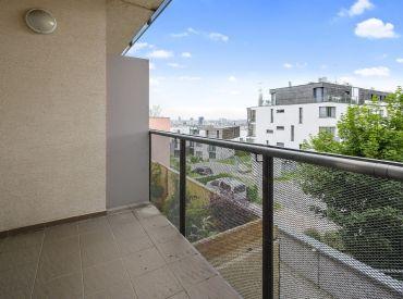 Predaj 2 izbový byt, Na zlatej nohe, Koliba, 72 m2