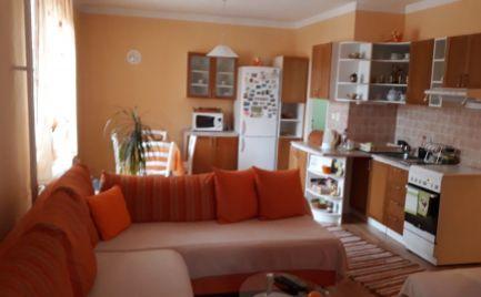 TOP 2 izbový byt na sidlisku Vargové Pole.