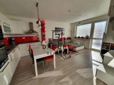 Predaj 2 izbový byt v novostavbe na Betliarskej ulici v Bratislave-Petržalke.