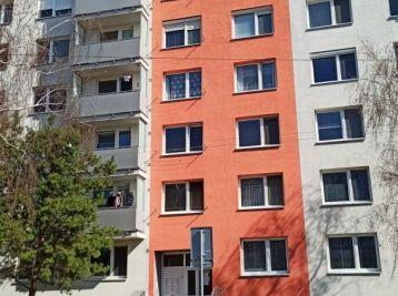 2 izbový byt (prerobený z pôvodného 1 izbového) Sereď Novomestská ul.