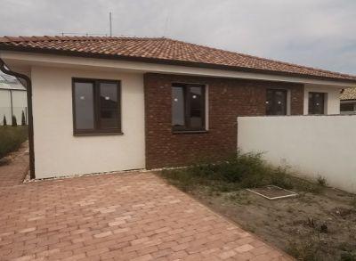 Posledný!4-izbový dvojbungalov s pekným pozemkom v tichej zástavbe rodinných domov