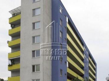 Veľký 1 izbový byt na ulici Haanova