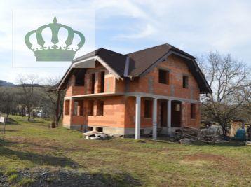 REZERVOVANÝ!!! Rozostavaný rodinný dom v KENDICIACH - 8 km od Prešova