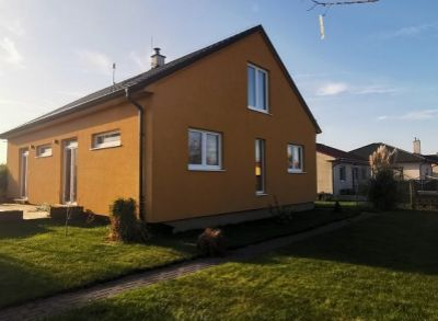 Veľký 6-izbový rodinný dom s rozlohou 150m2 s napojením RegioJet