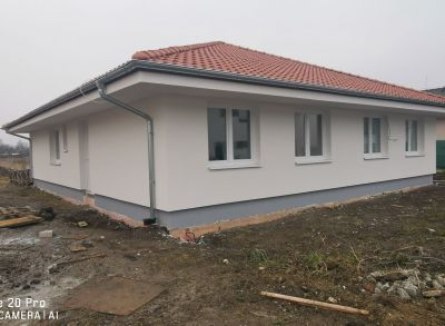 Pekné bývanie 3-izbové bungalovy dokončené na kľúč