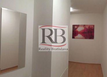 2 izbový veľkometrážny byt Bratislava-Petržalka, Zadunajská cesta