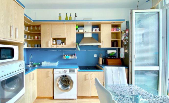 Na predaj 3 izbový byt, Na karasiny v Prievidzi, 72 m², 6.p./7.p., kompletná rekonštrukcia
