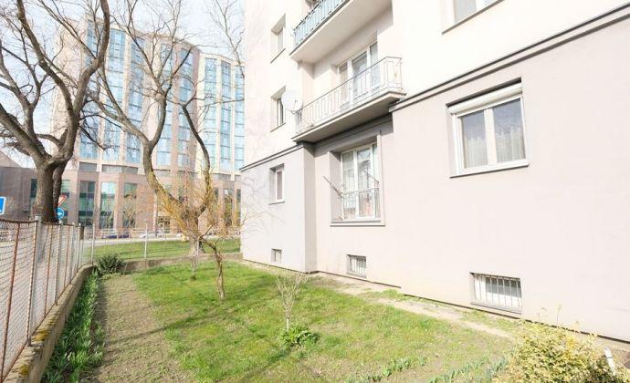 Priestranný 3-izbový byt, Trnavská cesta - RUŽINOV, skvelá lokalita