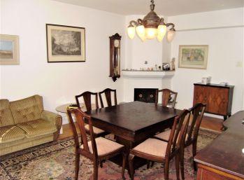 Predáme 3 izbový byt v Bratislave, v Starom Meste v zrekonštruovanom dome.