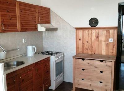 Čiastočne zrekonštruovaný 4-izbový byt v peknej časti Vrakune