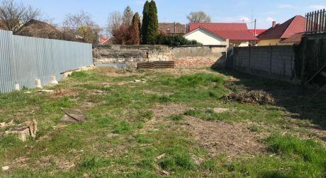EXKLUZÍVNY PREDAJ - Stavebný pozemok na výstavbu rodinného domu v Bene v Komárne
