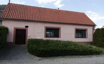 Starší rodinný dom v obci Veľké Leváre