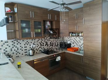 Predaj 2-izbový byt v Bratislave časť Nové Mesto Vinohrady.