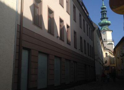 PREDAJ _NOVOSTAVBA exkluzívny 2- izbový byt s terasou_Baštová ul. Bratislava STARÉ MESTO