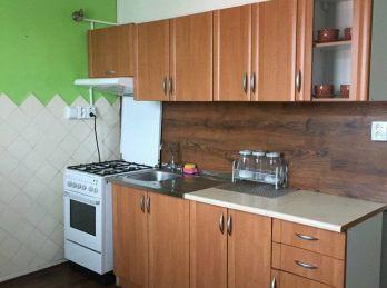 Prenájom 2.izb byt v Nitre v centre na Párovciach