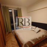 Na prenájom 2 izbový byt na Pražskej ulici v Starom Meste