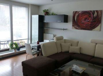 BA II. 2 izbový byt na prenájom na Podzáhradnej ulici