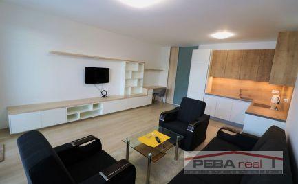 Prenájom úplne nového 1i bytu s parkovaním v novostavbe NUPPU, Ružinov, 550e komplet