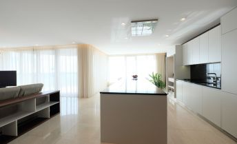 Luxusný 3-izb. byt s terasou a parkingom v novostavbe na Hradnom kopci