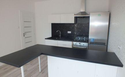 PREDAJ 3 izbový byt kompletné rekonštrukcia, Bratislava Ružinov - Šándorova ulica EXPISREAL