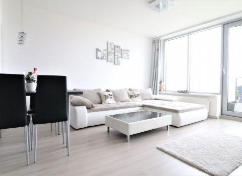 Na prenájom 3 izbový byt v komplexe Tri Veže s nádherným výhľadom a garážovým státím