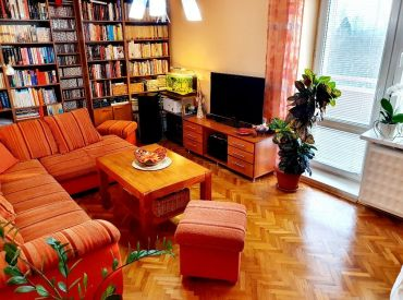 3 izbový byt Bánovce nad Bebravou   / 82m2 / CENTRUM / kompletná rekonštrukcia / BALKÓN