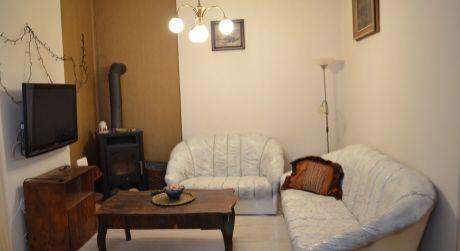 NA PRENÁJOM 2,5 izbový byt v úplnom centre Starého Mesta - Klariská ul.