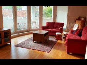 BA I. Staré mesto - 3 izbový zariadený byt na ulici J. Kronera