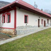 Chata, Hrhov, 120 m², Kompletná rekonštrukcia