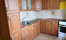 Tehlový 2 izbový zrekonštruovaný byt, Komárno