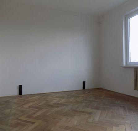 STARBROKERS -  Predaj 4 izb. bytu  s loggiou, orientovaného tichého do dvora, Radarová ul., BA - Ružinov