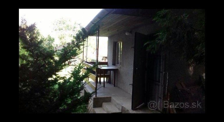 Kostoľany nad Hornádom na predaj murovaná chata so záhradou