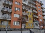 SENEC -NA PREDAJ – tehlový 2 izbový byt s parkovacím státím a  loggiou,  Zemplínska ul. v SENCI
