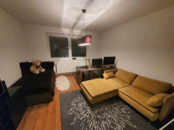 Zariadený 3-izbový byt v centre