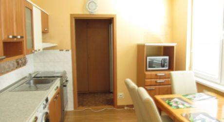 Na predaj zrekonštruovany 3,5iz.byt 75m2 Zlaté Moravce