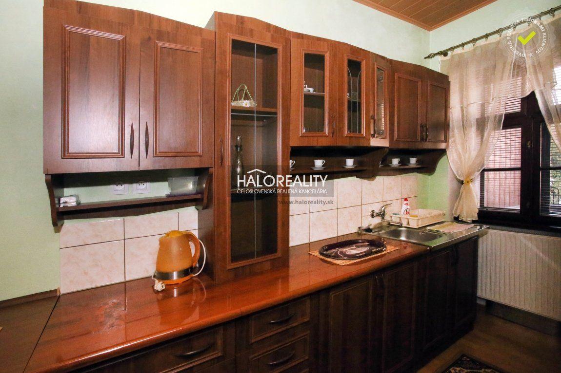 Rodinný dom-Prenájom-Hronec-600.00 €