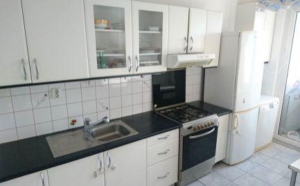 Prenájom zariadený 3 izbový byt s balkónom Bradáčova ul. Petržalka