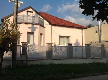 BA IV. Lamač - 4 izbový zariadený rodinný dom